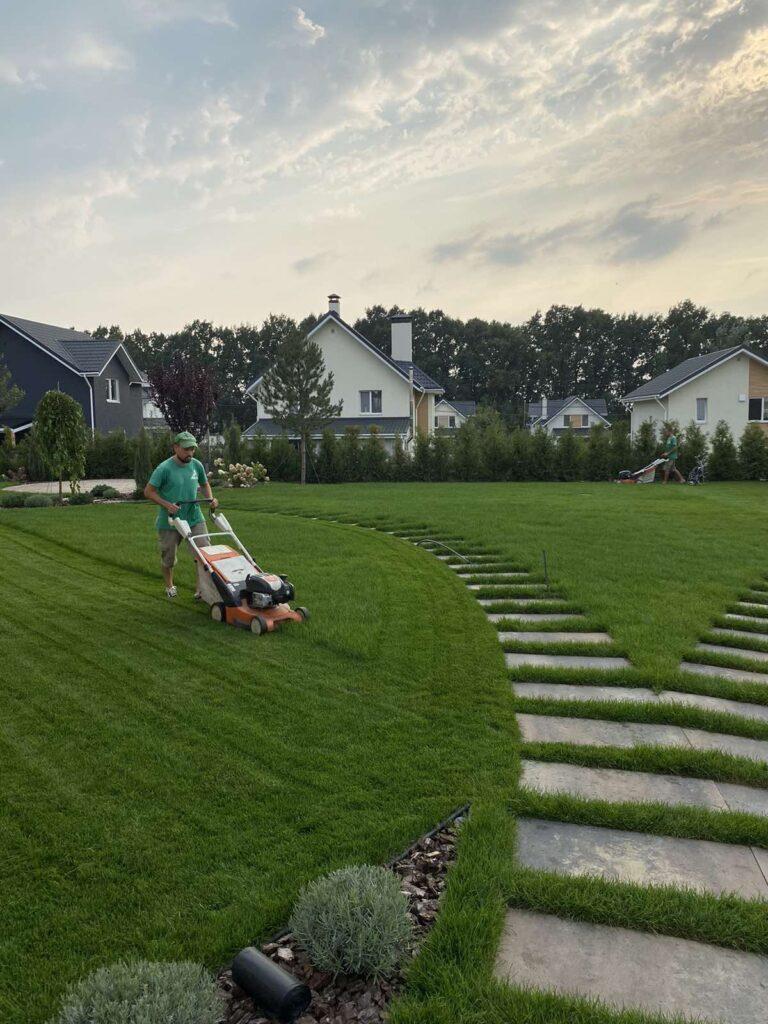 Уход за участками. Сколько раз в год нужно ухаживать за садом?